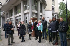 Am 4. Mai fand in Kooperation mit Architektur-B eine Taut-geburtstzags-Toru durch Berlin statt.